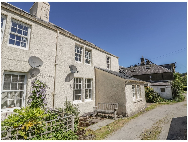 Balmore a british holiday cottage for 6 in ,