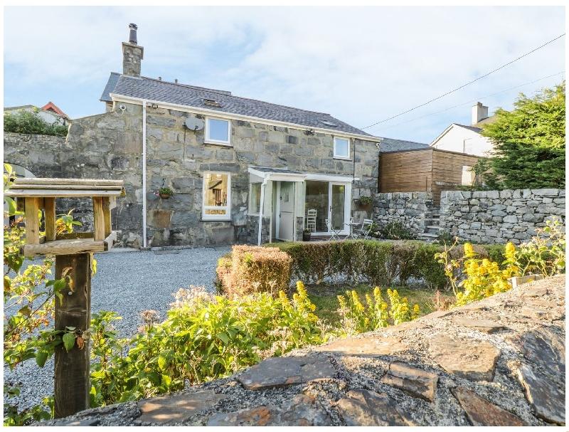 Y Cilgwyn a british holiday cottage for 6 in ,