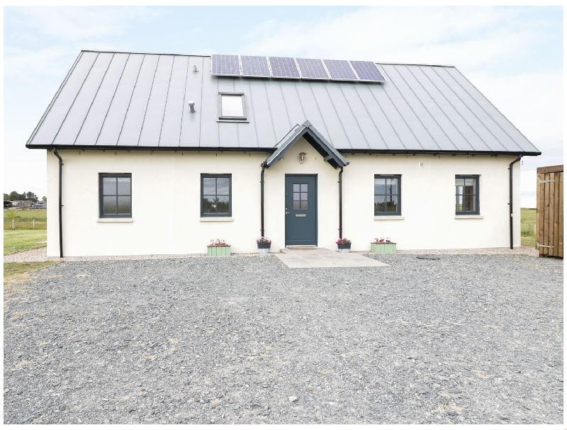 Chance Inn Lodge a british holiday cottage for 6 in ,