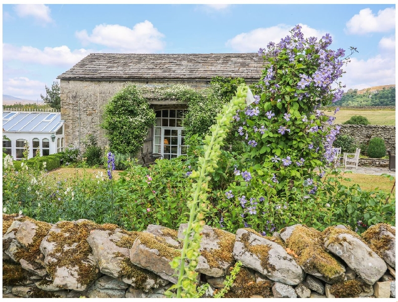 The Garden Rooms a british holiday cottage for 4 in ,