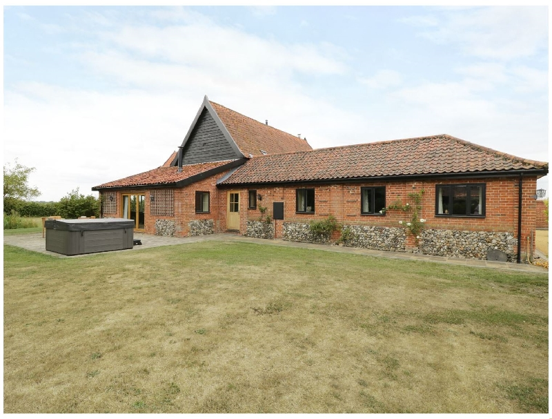 Upper Barn Annexe a british holiday cottage for 4 in ,