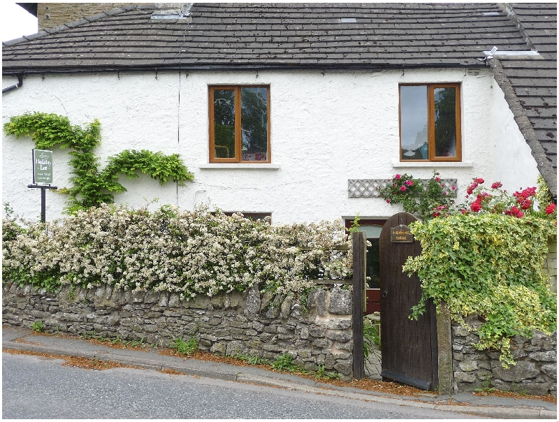 Click here for more about 4 Greencross Cottages