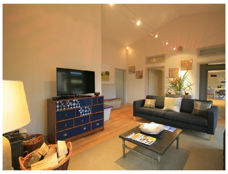 The Courtyard- Notgrove a british holiday cottage for 30 in ,