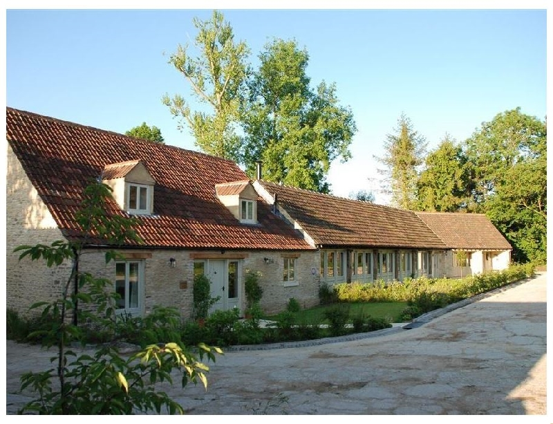 The Long Barn a british holiday cottage for 17 in ,