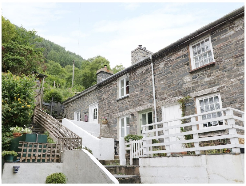 Tanrallt a british holiday cottage for 3 in ,