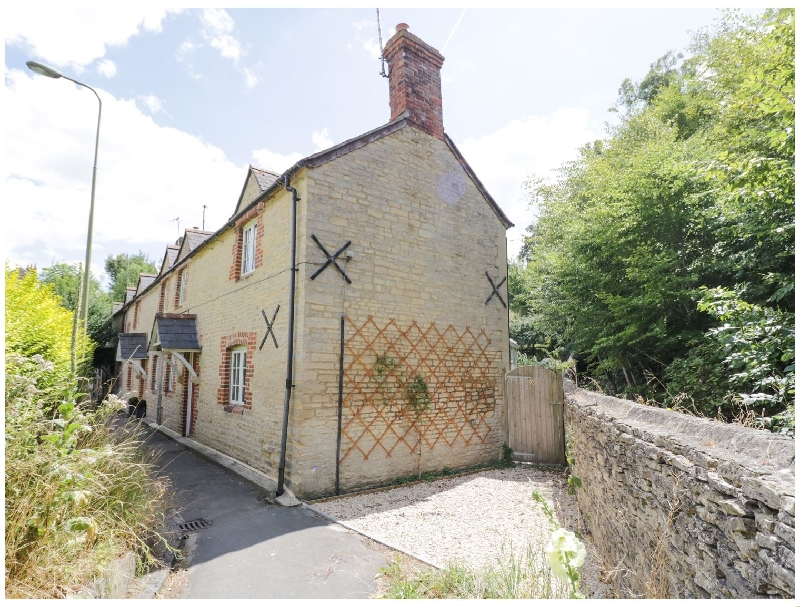 Blenheim Edge- The Causeway a british holiday cottage for 4 in ,