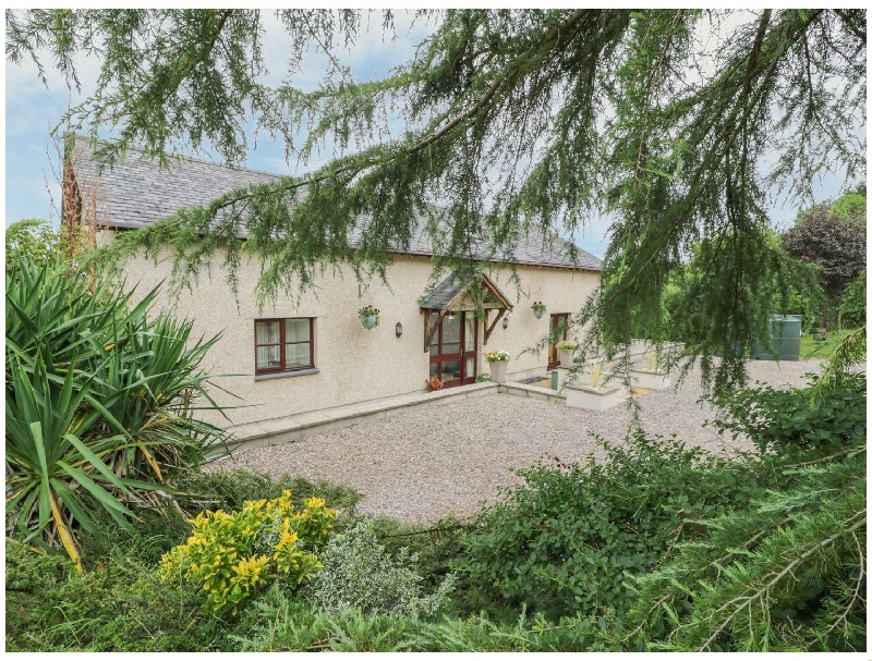 Y Bwthyn Tynycoed a british holiday cottage for 5 in ,