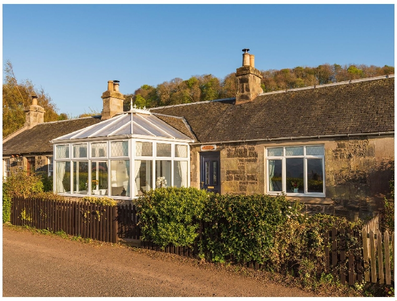 3 Balhelvie Farm Cottages a british holiday cottage for 4 in ,