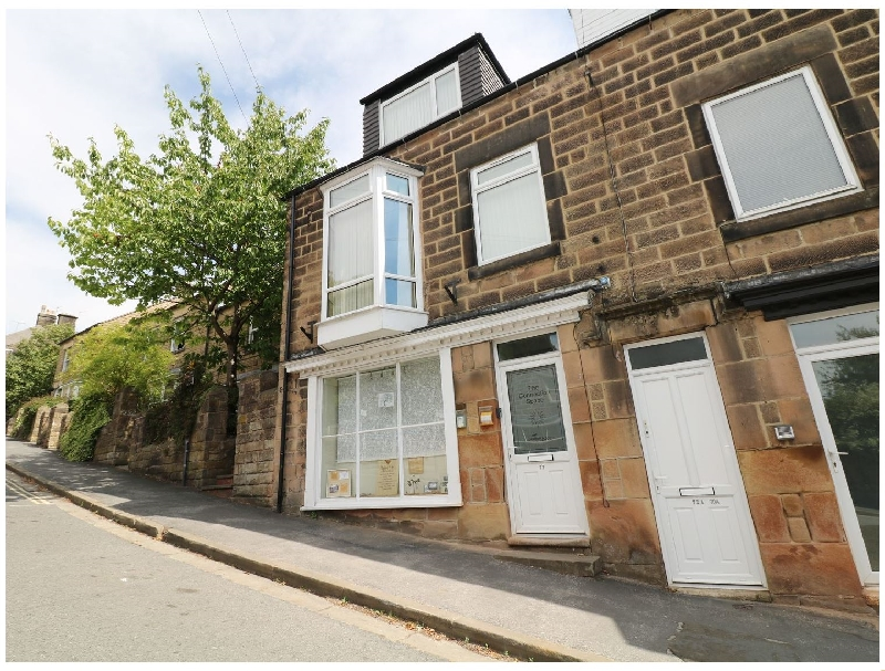 Matlock Views a british holiday cottage for 8 in ,