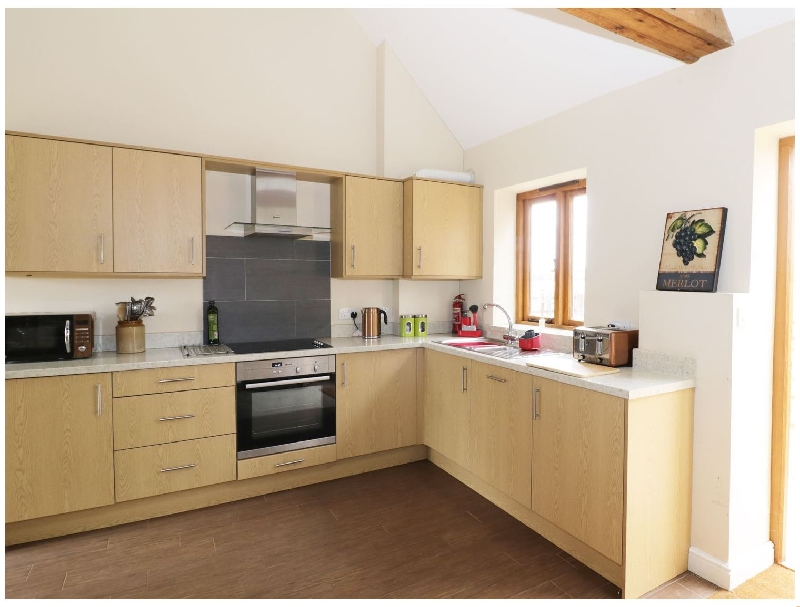 The Combine Shed a british holiday cottage for 4 in ,