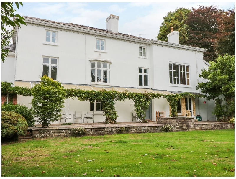 Pentre Court a british holiday cottage for 16 in ,
