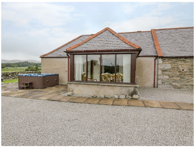 The Middle Byre a british holiday cottage for 6 in ,
