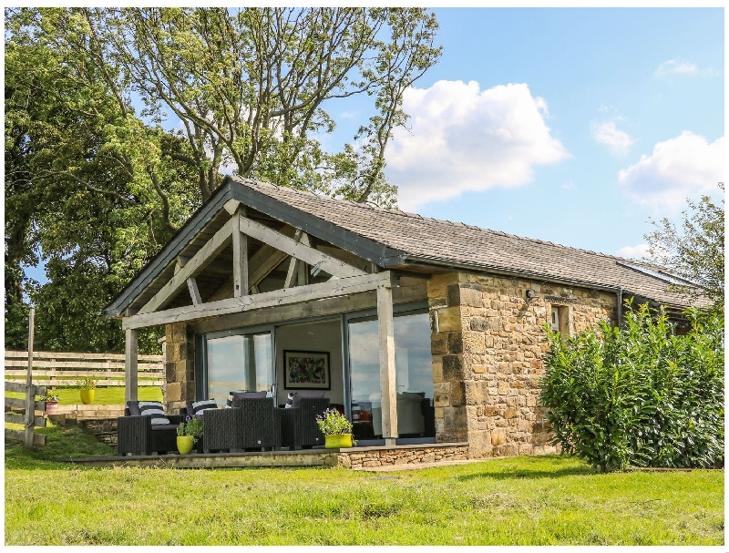 Meadow Cottage at Hill Top Farm a british holiday cottage for 4 in ,