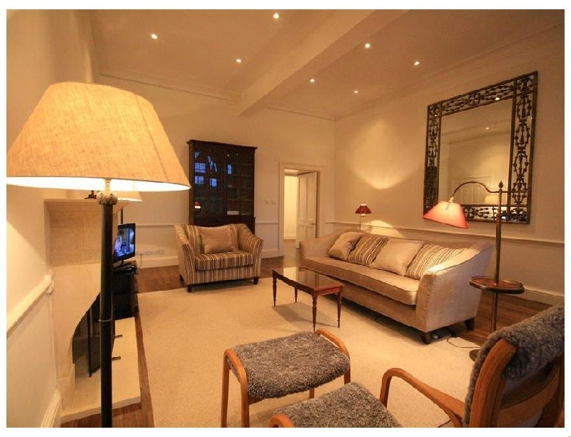 Flat 17 Sherborne House a british holiday cottage for 4 in ,