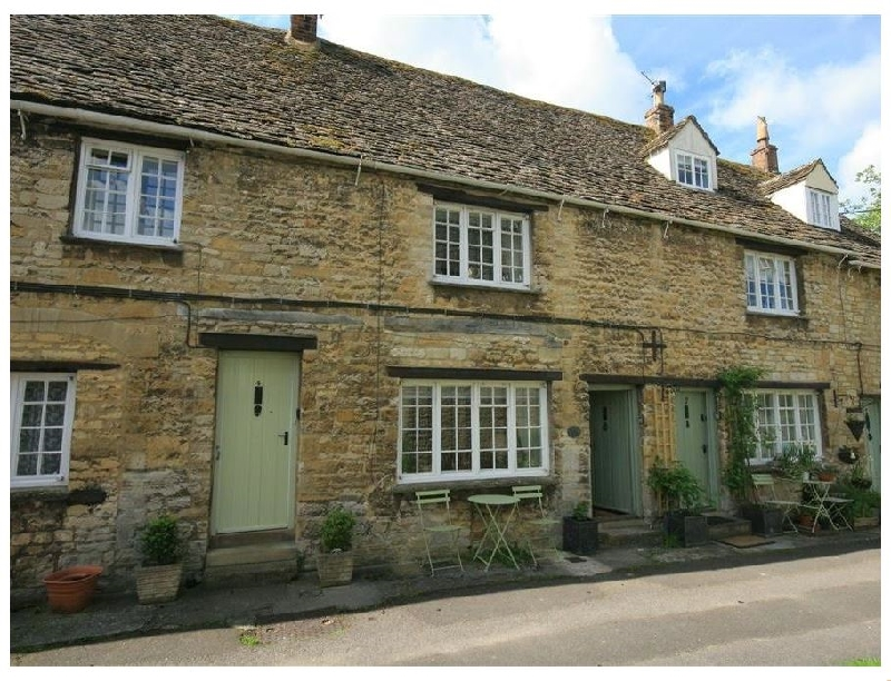 6  George Yard a british holiday cottage for 2 in ,