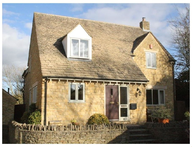 Troutbeck Cottage a british holiday cottage for 8 in ,