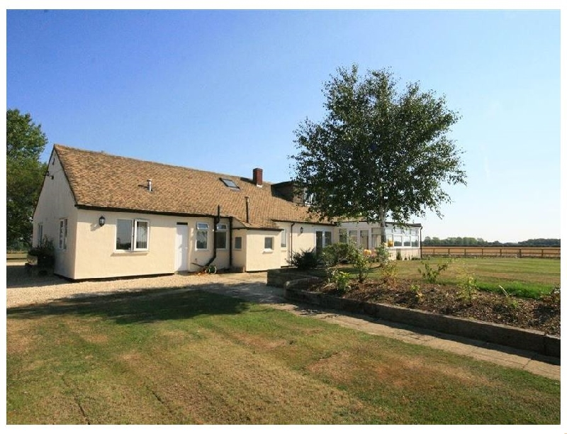 The Clealings a british holiday cottage for 10 in ,