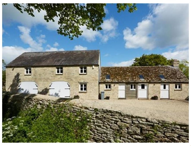 The Coach House- Swinbrook a british holiday cottage for 4 in ,