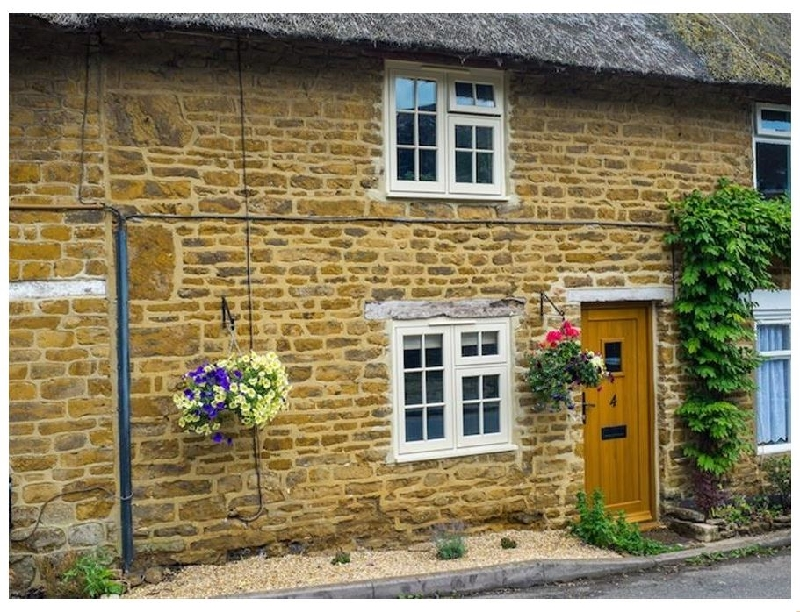Hooky Cottage a british holiday cottage for 3 in ,