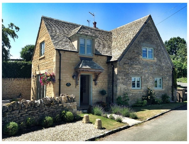 Longborough Cottage a british holiday cottage for 4 in ,