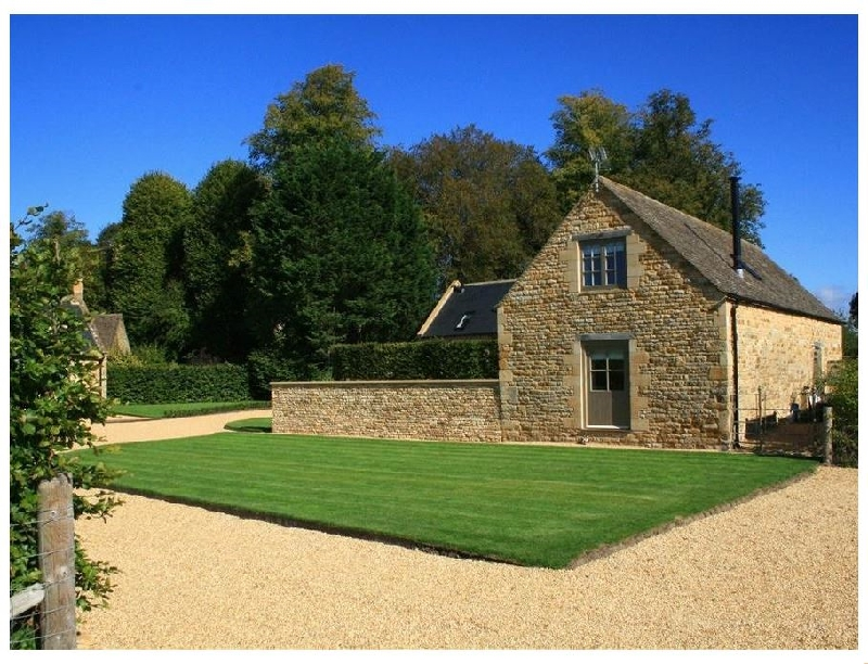 The Old Milking Barn a british holiday cottage for 6 in ,