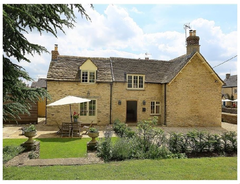 Number 11- Hollywell a british holiday cottage for 6 in ,