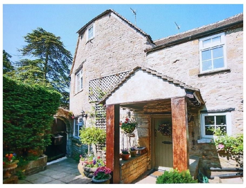 Pike Cottage a british holiday cottage for 7 in ,