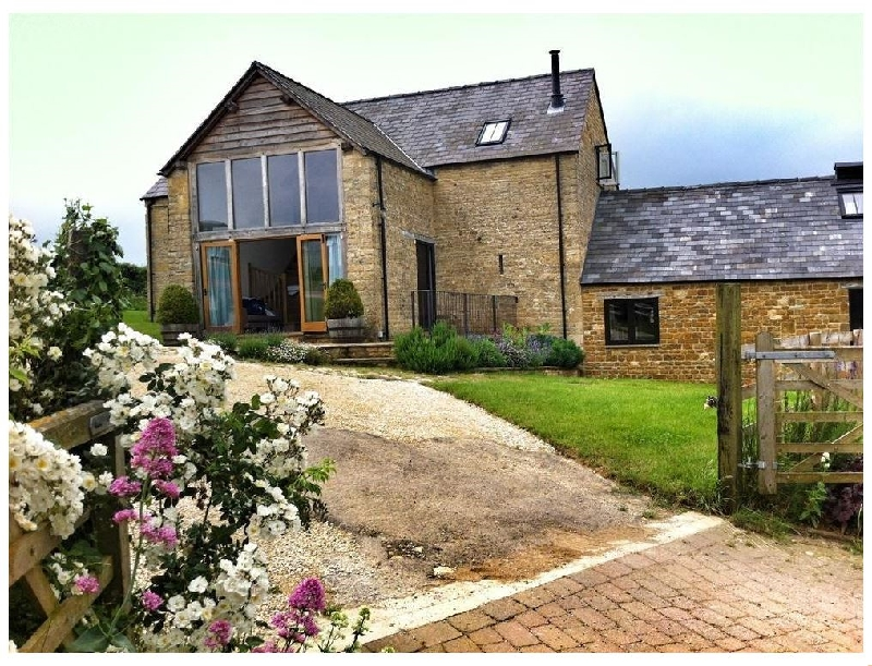 Stepwell a british holiday cottage for 8 in ,
