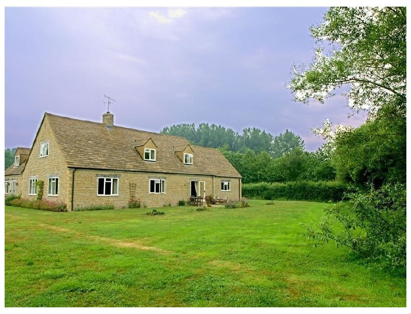 Tagmoor Hollow a british holiday cottage for 2 in ,
