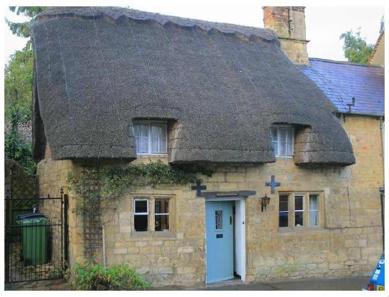 Thatched Cottage a british holiday cottage for 3 in ,