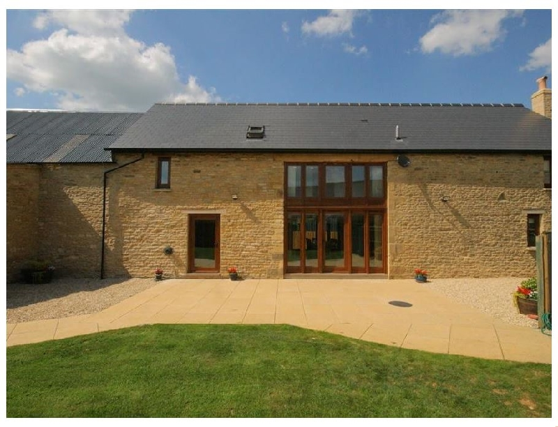 Tithe Barn- Lyneham a british holiday cottage for 8 in ,