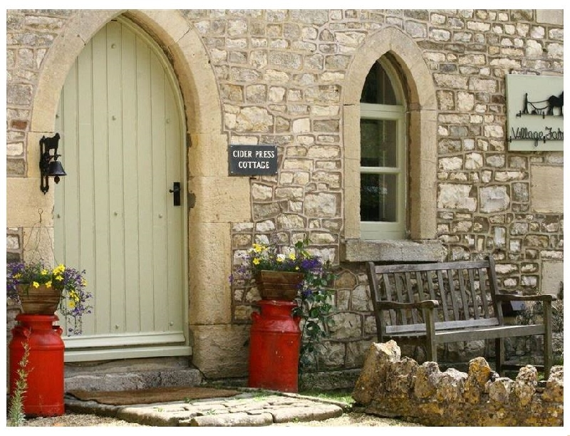 Cider Press Cottage a british holiday cottage for 4 in ,