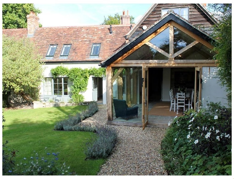 Kings Cottage - South a british holiday cottage for 8 in ,