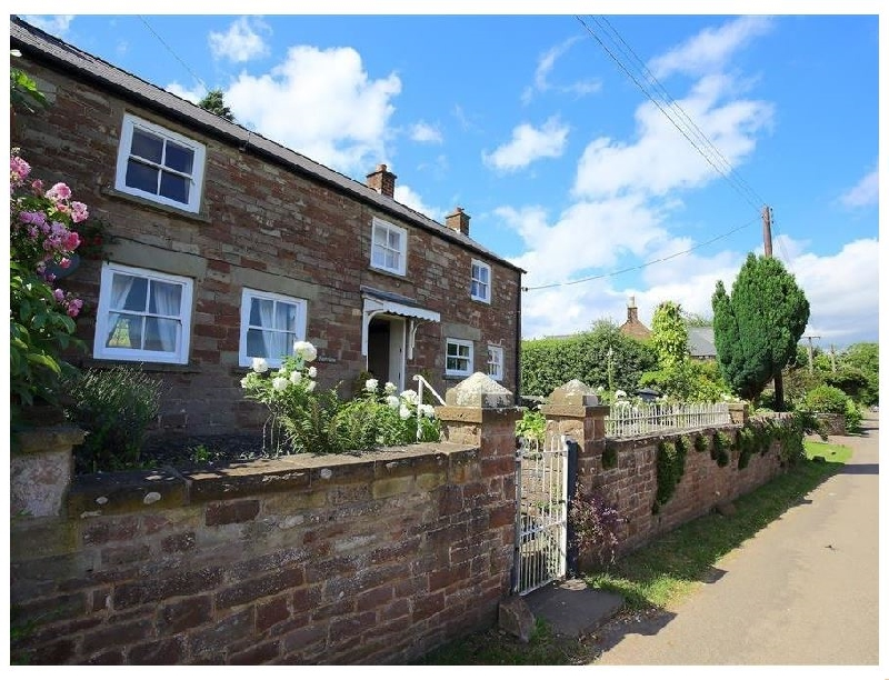 Fairview Cottage a british holiday cottage for 6 in ,