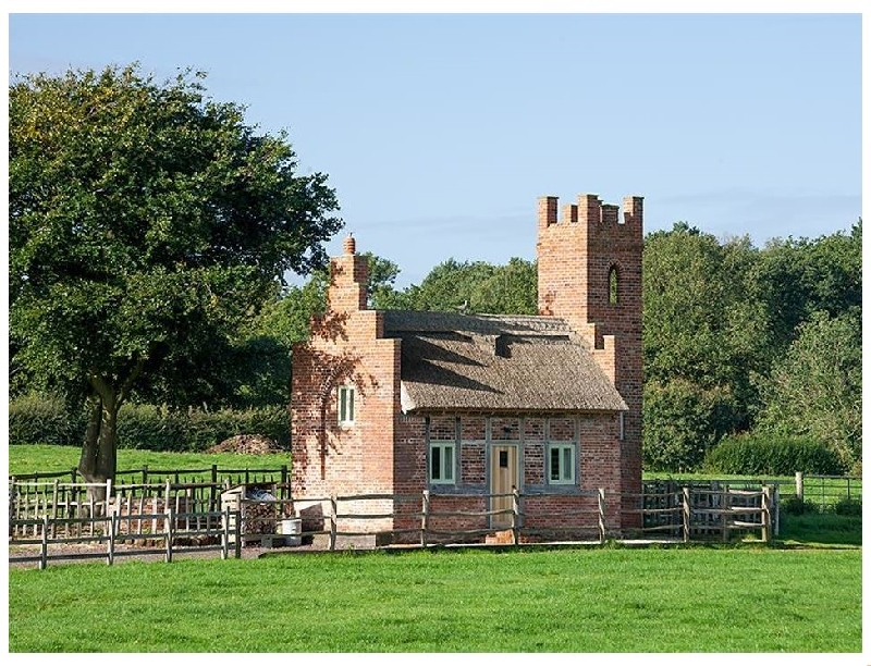 The Shooting Folly a british holiday cottage for 2 in ,