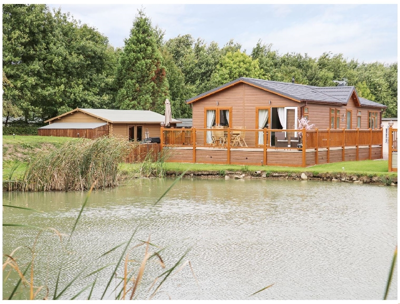 The Lake House a british holiday cottage for 4 in ,