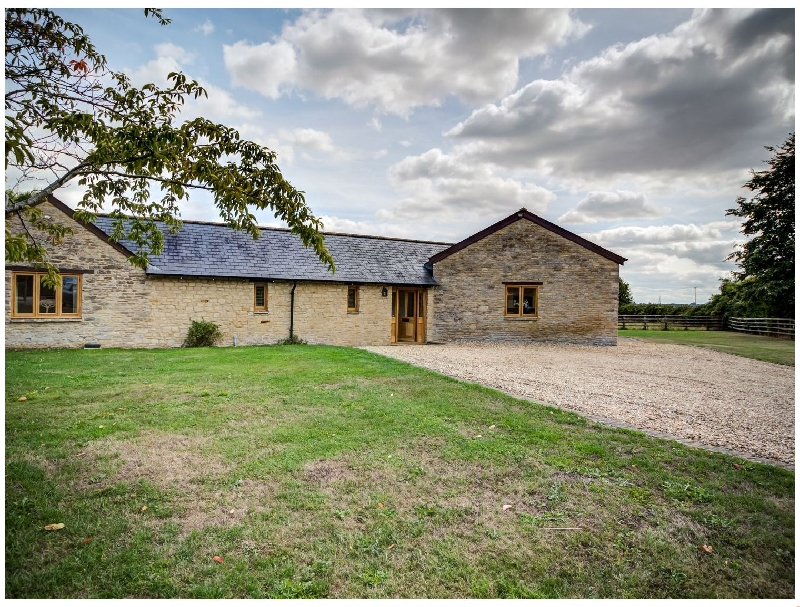 Lower Farm Barn a british holiday cottage for 8 in ,