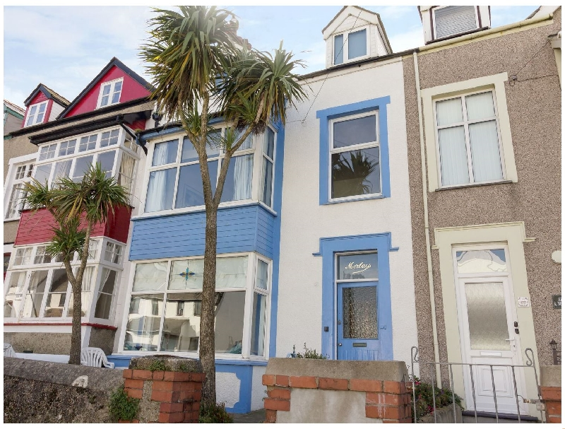 Beachgetaway a british holiday cottage for 10 in ,