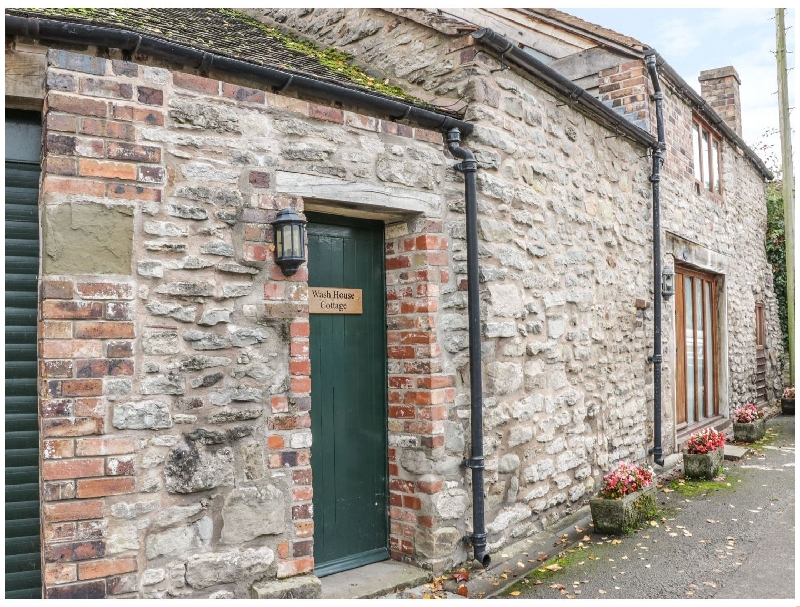 Wash House Cottage a british holiday cottage for 4 in ,