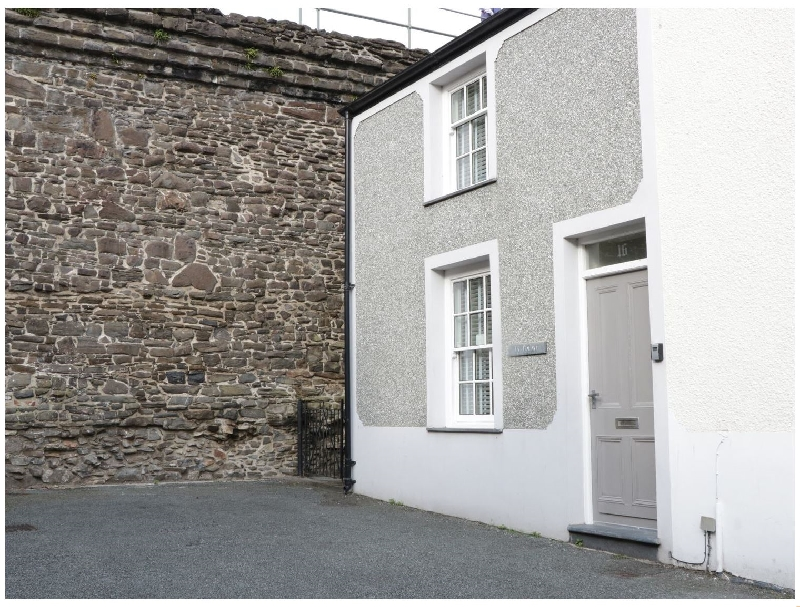 Ty Potiwr a british holiday cottage for 3 in ,