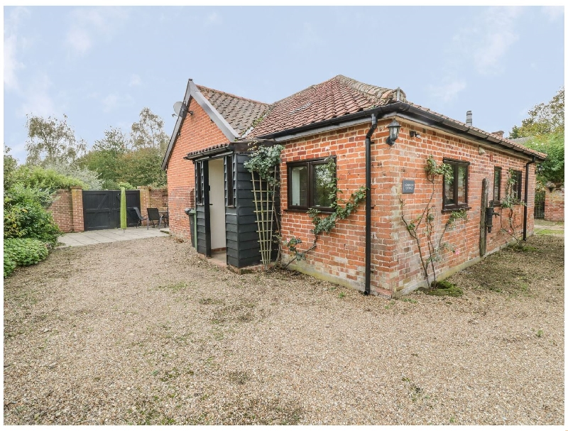 Lowbrook Cottage a british holiday cottage for 4 in ,