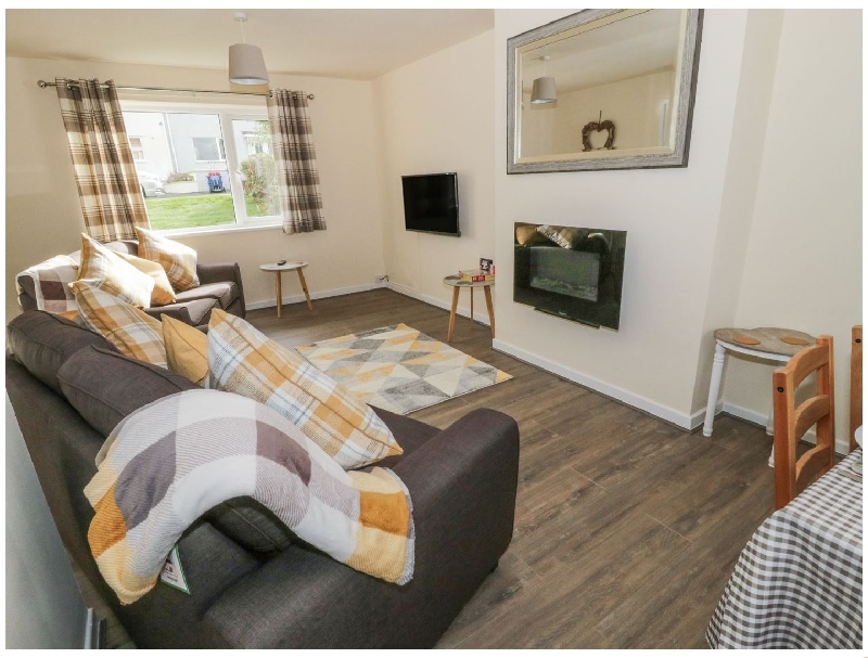 Ty Mon a british holiday cottage for 5 in ,
