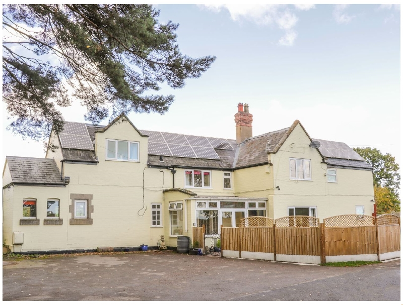 Station House a british holiday cottage for 10 in ,