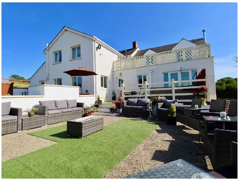 Bunny Meadows a british holiday cottage for 14 in ,