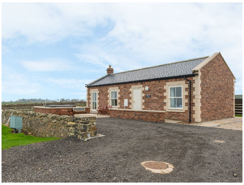 Bank Top Cottage a british holiday cottage for 4 in ,