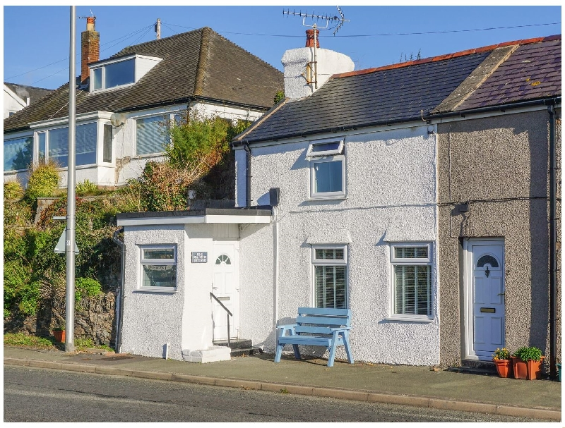 1 Sea View a british holiday cottage for 2 in ,