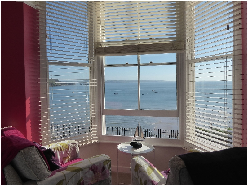 1 Beachtop Court a british holiday cottage for 4 in ,