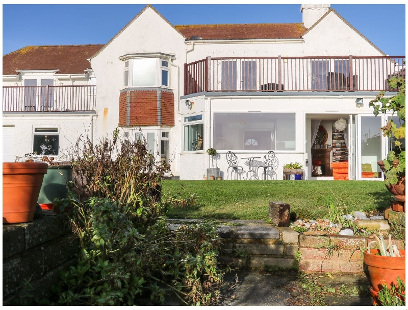 Cooden Beach House a british holiday cottage for 10 in ,