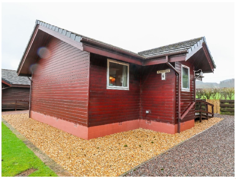 Kestrel Lodge a british holiday cottage for 4 in ,