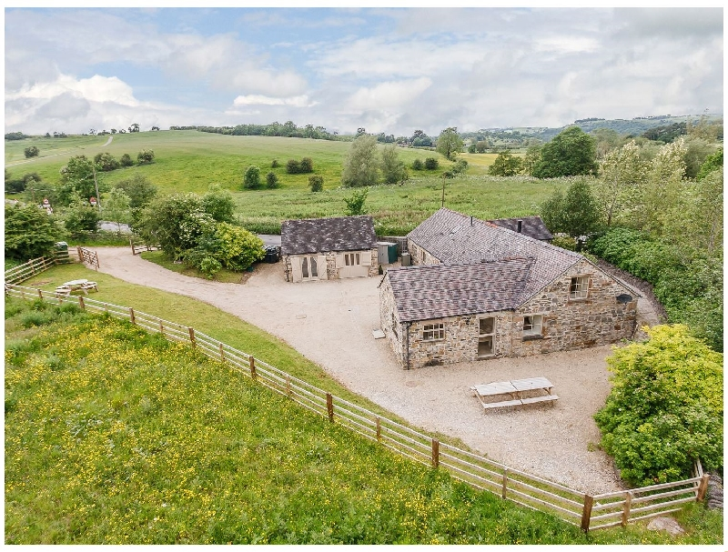 Tissington Ford Barn a british holiday cottage for 12 in ,